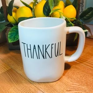 Rae Dunn 🆕 THANKFUL mug